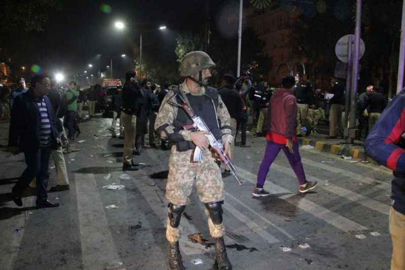Bom Bunuh Diri Ubah Demonstrasi Damai di Pakistan Jadi Tragedi
