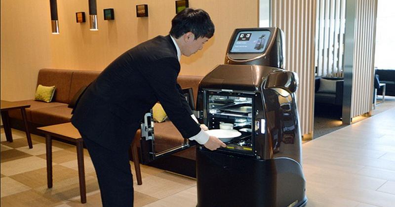 Unik, Bandara Ini Jadikan Robot sebagai Pelayan