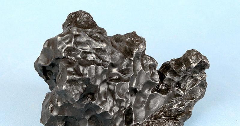 Besi Berasal dari Luar Angkasa Dijelaskan dalam Alquran dan Sains