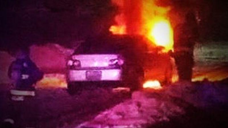 Mobil Kim Novak yang Terbakar. (Foto: CNN)