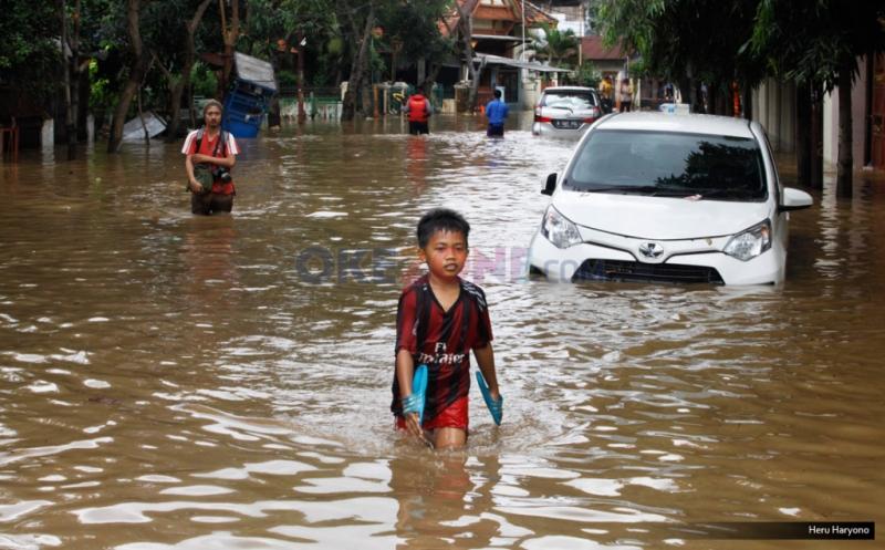 Banjir di Bukit Duri (Foto: Heru/Okezone)