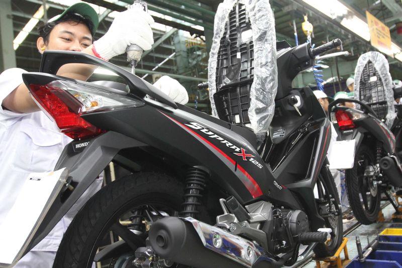 Kukuhkan Pasar Motor Bebek Supra X 125 Ganti Baju Okezone Otomotif