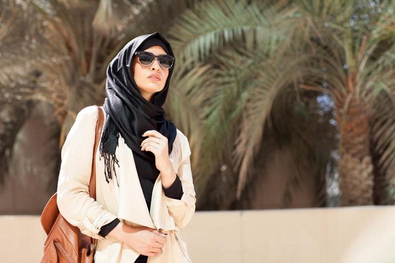 Pilihan Material Jilbab Wajib Dimiliki Hijabers Pemula