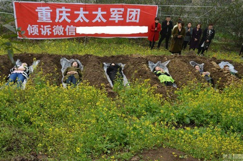 Ini Ritual Ekstrem Perempuan China Atasi Sedih Pasca-Perceraian