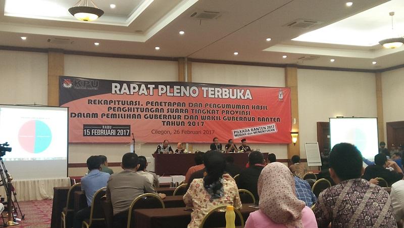 Rekapitulasi Pilgub Banten Diwarnai Perdebatan Antar Kedua Kubu Paslon