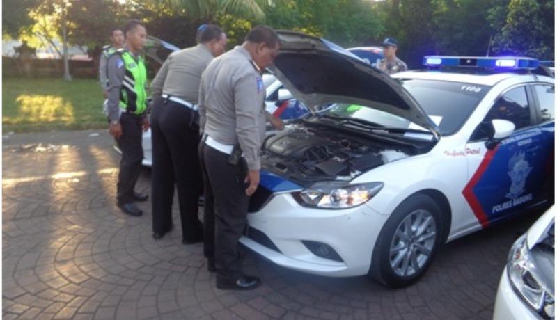 RAJA SALMAN 70 Mobil Amp 24 Motor Patroli Polisi Siap Kawal
