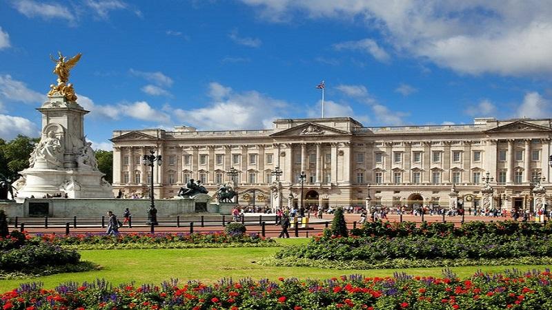 Image result for istana buckingham