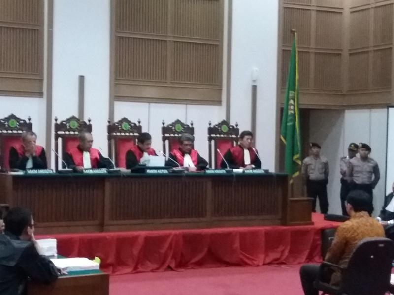 Sidang kasus penistaan agama dengan terdakwa Basuki Tjaha Purnama alias Ahok di Kementan (Reni/Okezone)