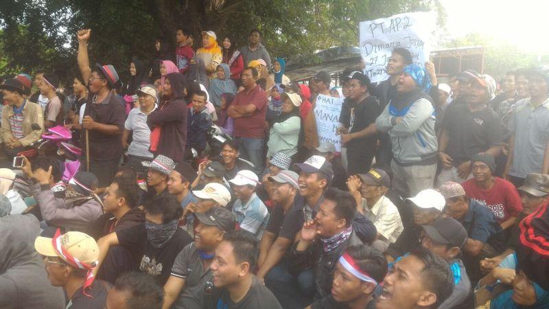 Tolak Pembebasan Lahan, 700 Warga Teluk Naga Duduki Kawasan M1 Bandara Soetta
