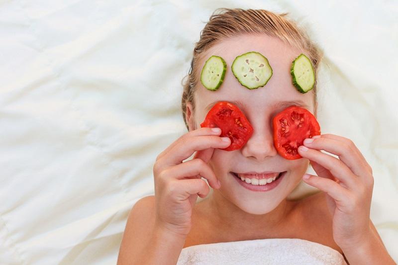 Aneka Manfaat Masker Tomat Untuk Wajah Okezone Lifestyle