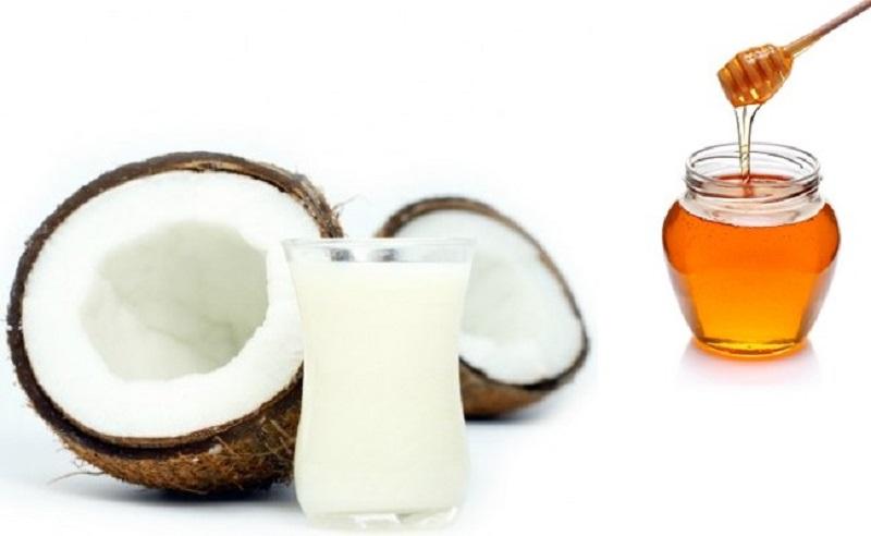 https: img.okezone.com content 2017 03 15 481 1643657 khasiat-minum-air-kelapa-yang-ditambahkan-madu-untuk-kesehatan-FpQMMtLe6Y.jpg