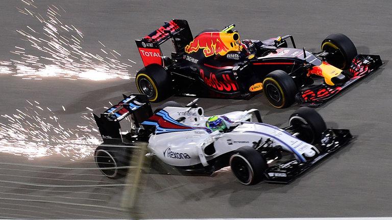 AMAZING! Video Ini Ungkap Kecepatan Mobil F1 Musim 2017 Dibandingkan 2016