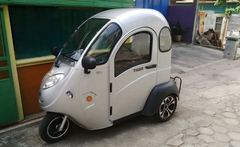 Motor listrik tiga roda (Foto: Okezone)