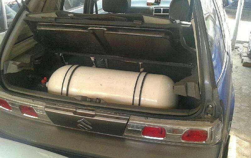 Ilustrasi mobil dengan tabung konversi BBM ke BBG (Foto: Pakwheels)