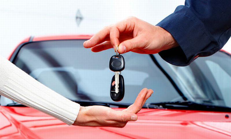 Ilustrasi membeli mobil baru (Foto: Confused)