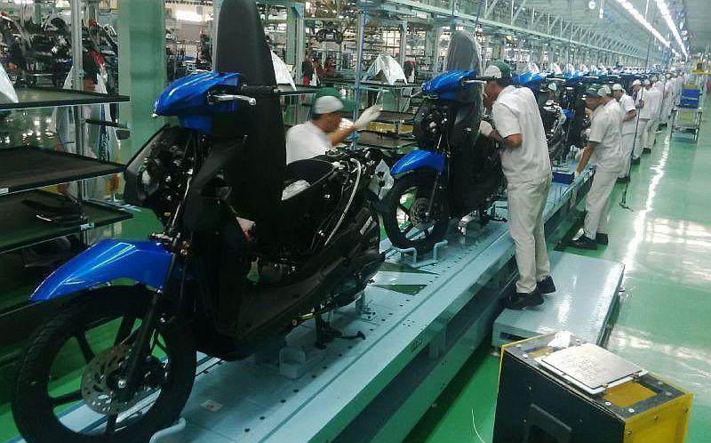 Pabrik sepeda motor (Foto: Okezone)