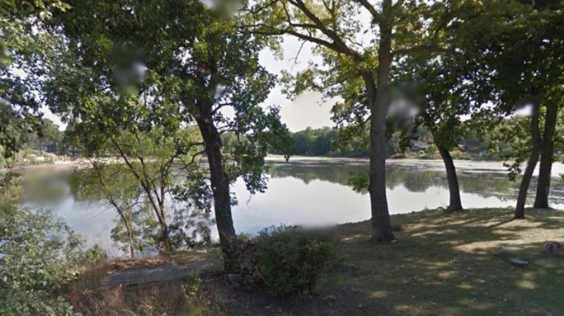 Danau Silver Lake, Illinois, tempat jasad Cristy Campbell ditemukan. (Foto: Google Street View)