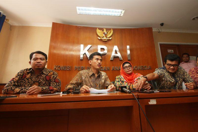 Konferensi Pers KPAI dengan Lembaga Lainnya Terkait Kasus Pedofilia Online (Foto: Antara)
