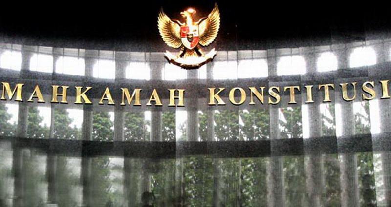 MK Dinilai Tak Berwenang Proses Gugatan Rano-Embay