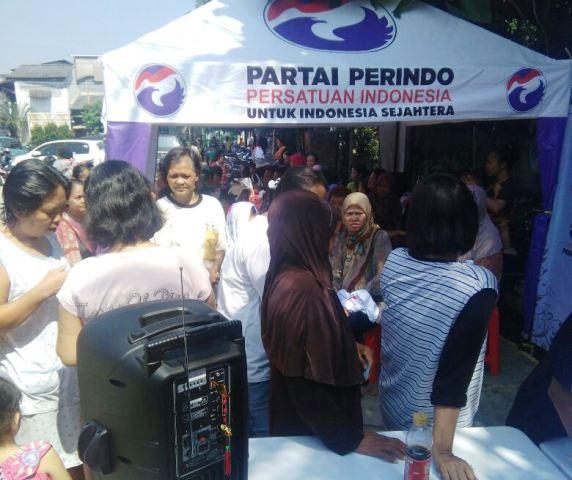 Bazar Murah Kartini Perindo Sangat Membantu Warga Bojong Raya