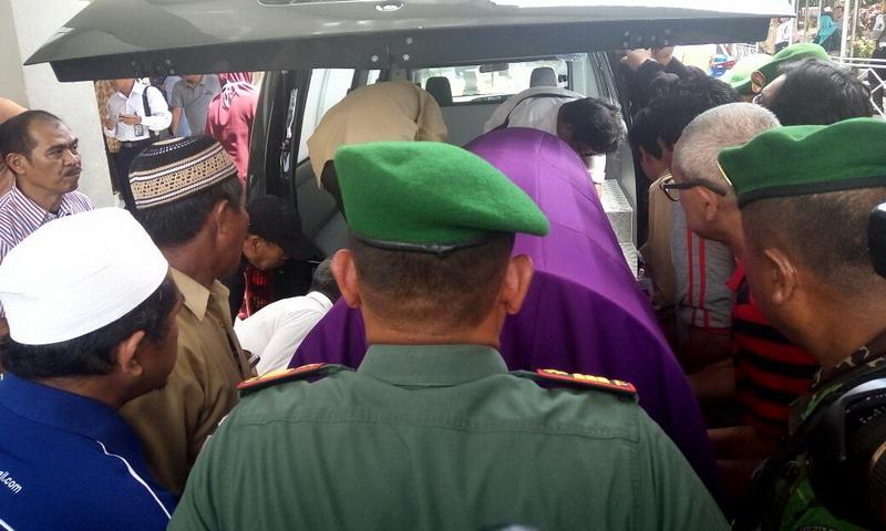 Sejumlah Tokoh Memberikan Penghormatan Terakhir Untuk Ayah Ganjar Pranowo