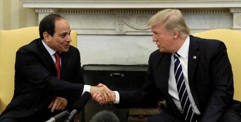Presiden AS Donald Trump dan Presiden Mesir Abdel Fattah el Sisi bertemu di Gedung Putih, Washington, AS, 3 April 2017. (Foto: Reuters)