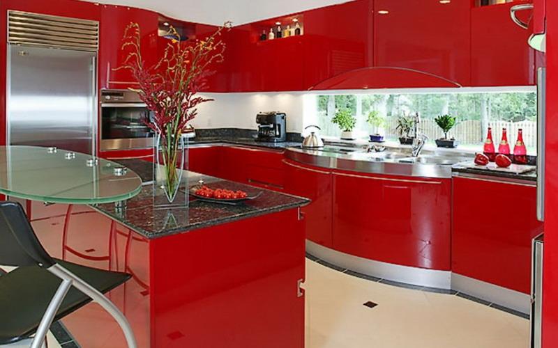 Tak Hanya Ruang Tamu Kitchen Set Berwarna Merah Ternyata Elegan
