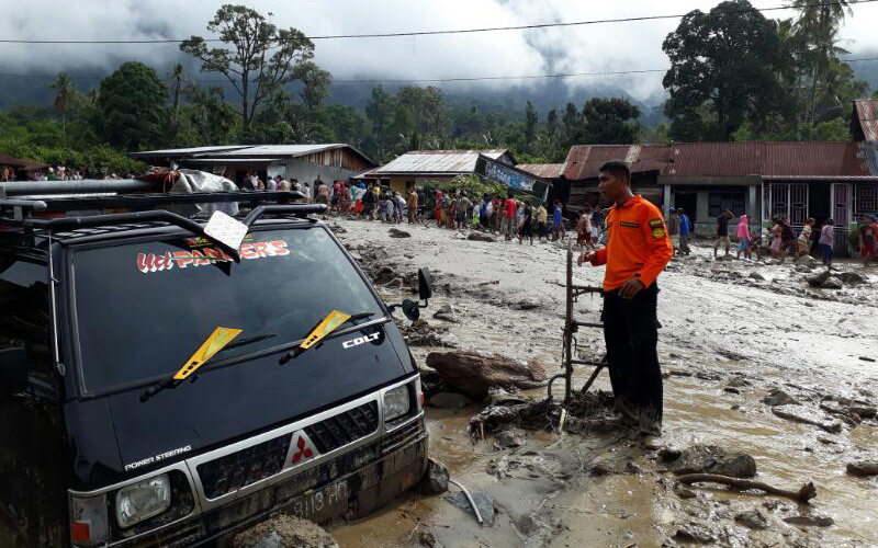 Banjir bandang landa Aceh Tenggara (foto: Basarnas)