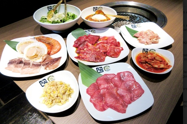 https: img.okezone.com content 2017 04 14 298 1667511 asyik-ada-restoran-jepang-yang-hadirkan-hidangan-halal-oRqa4xTRYx.jpg