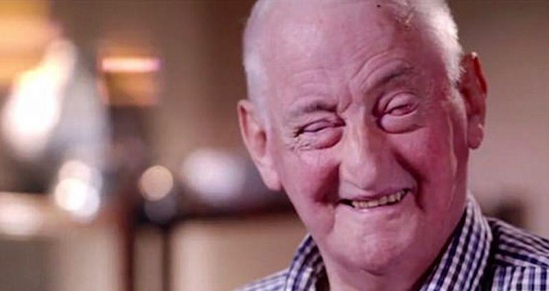 Pria Australia, John Ings, mampu melihat kembali setelah 16 tahun pascadokter menjahitkan gigi ke matanya. (Foto: Daily Mail)