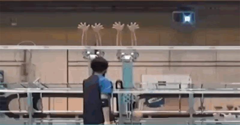 Unik, Robot Bantu Tim Voli Jepang saat Berlatih