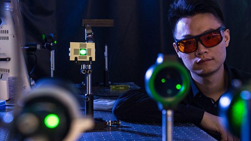 Keren, Lensa Ini Mampu Tangkap Sidik Jari dari Jarak Satu Meter