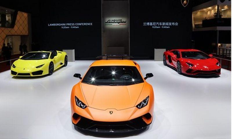 Lamborghini luncurkan dua supercar andalan di Shanghai Auto Show 2017 (Thenewsmarket)