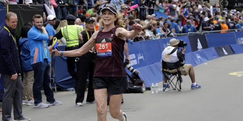 Keren! Ini Dia Pelari Perempuan Pertama yang Buat Sejarah di Lomba Maraton Boston