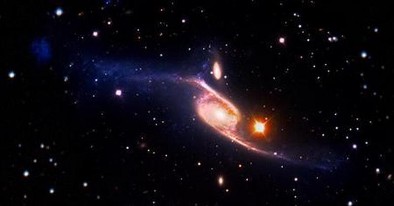 Hadis dan Sains Jelaskan Bintang sebagai Pelindung Langit