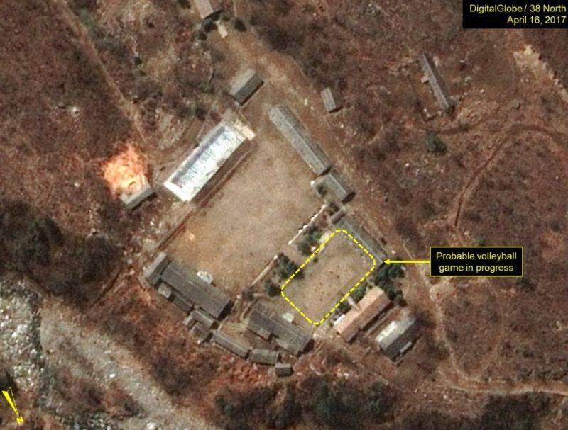 Citra satelit menunjukkan aktivitas pekerja Korut di situs nuklir Punggye-ri (Foto: Getty Images)