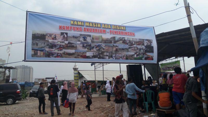 Image result for Kampung Akuarium jakarta