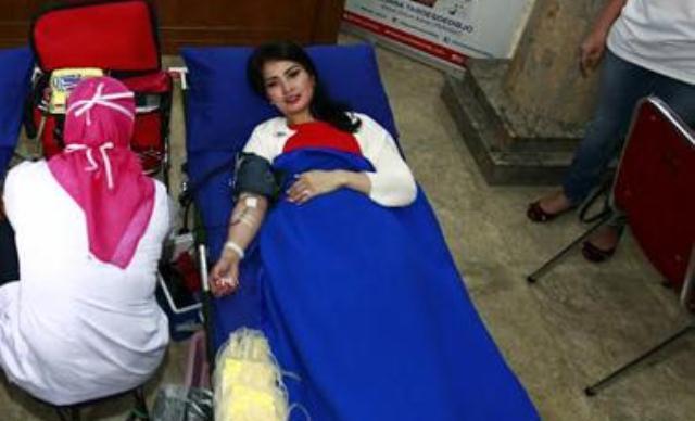 ilustrasi donor darah (Foto: Okezone)