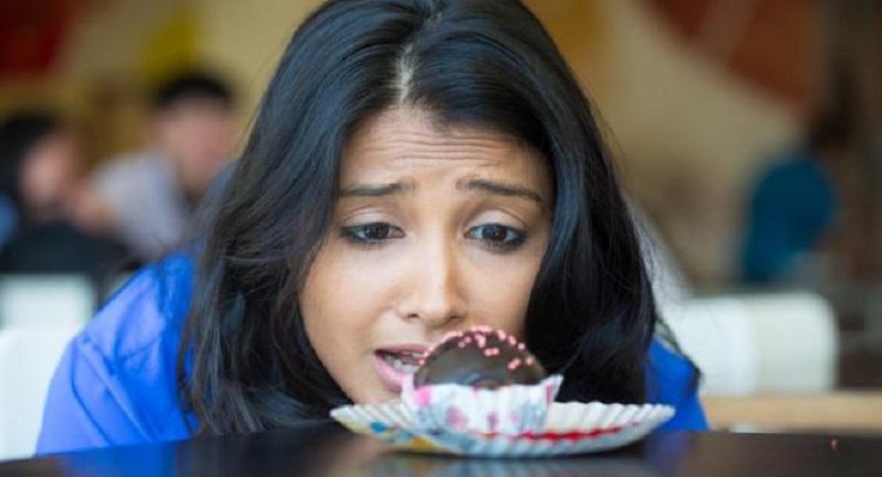 https: img.okezone.com content 2017 04 21 481 1673545 ketika-gula-darah-turun-drastis-penderita-diabetes-butuh-konsumsi-5-makanan-ini-MNvivQYdqW.jpg