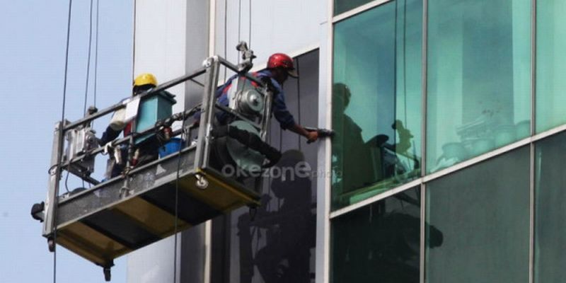 Ilustrasi pekerja gondola (foto: Okezone)