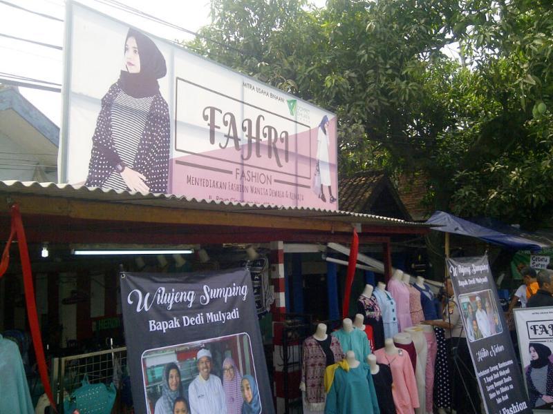 Toko pakaian milik Fahri. (Foto: Oris Riswan/Okezone)