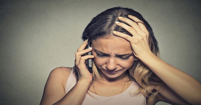 Awas, Penggunaan Ponsel Berlebihan Berpotensi Tumor Otak