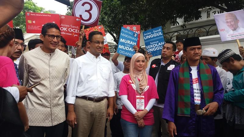 Calon gubernur dan wakil gubernur DKI Jakarta Anies Baswedan-Sandiaga Uno (Foto: Okezone)