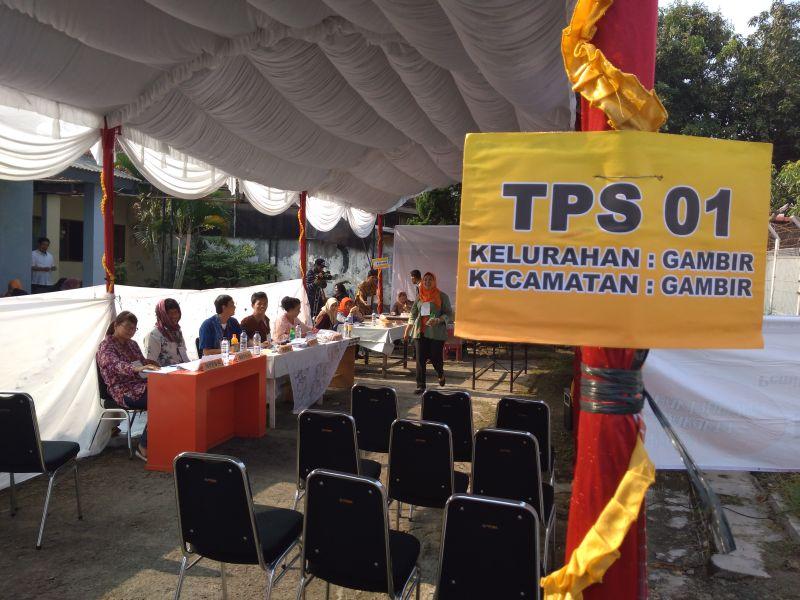 TPS 01 Gambir melakukan pemungutan suara ulang (Foto: Ahmad Saroji/Okezone)