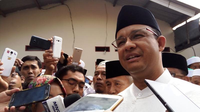 Anies Ajak Warga Jakarta Lakukan Salam Bersama agar Dapat Pahala