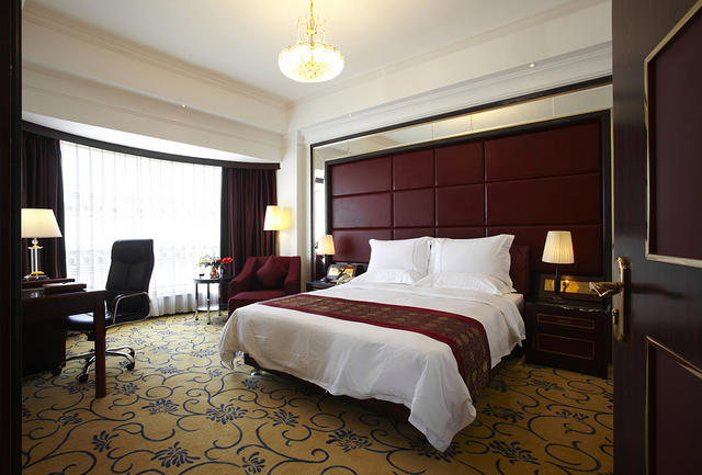 https: img.okezone.com content 2017 04 25 470 1676096 long-weekend-kunjungan-tamu-hotel-naik-20-BXgDL3j6T8.jpg