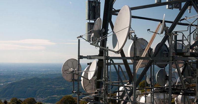 Permen Lelang Frekuensi 2,1 dan 2,3 GHz Mundur hingga Mei 2017