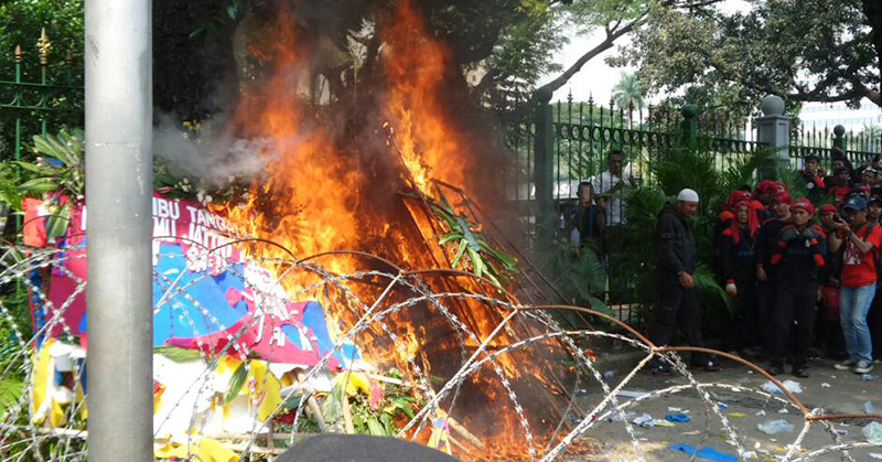 Presiden KSPI: Tak Ada Niatan Membakar Karangan Bunga Ahok-Djarot