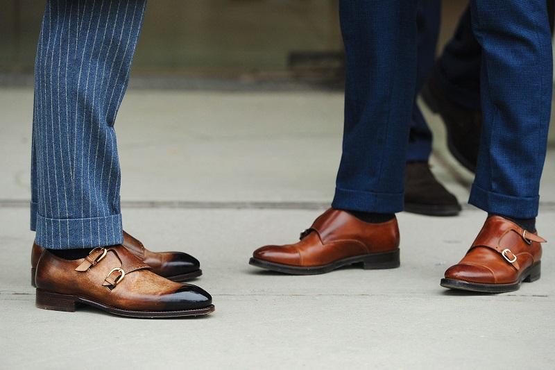 https: img.okezone.com content 2017 05 04 194 1683087 nih-deretan-selebriti-hollywood-pria-yang-punya-sepatu-termahal-di-dunia-HxBJQcOUOo.jpg