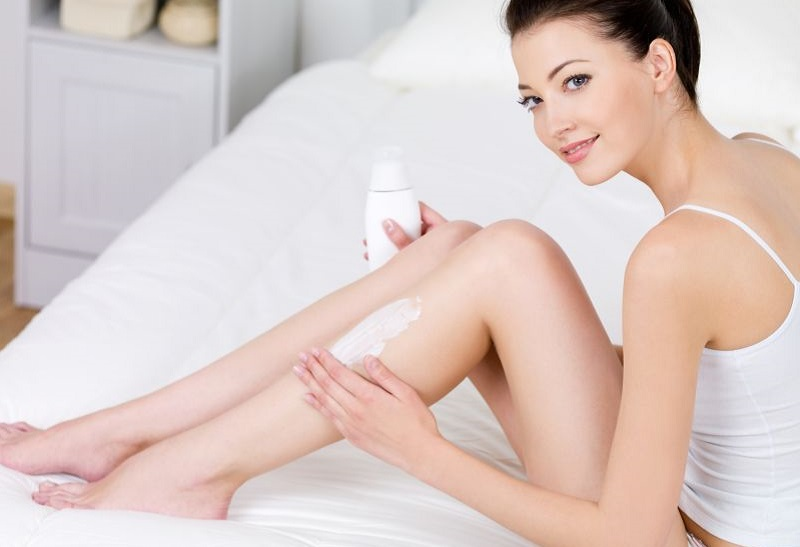 https: img.okezone.com content 2017 05 04 194 1683474 tips-mencegah-kulit-kering-di-musim-pancaroba-LdgRKu9HkA.jpg